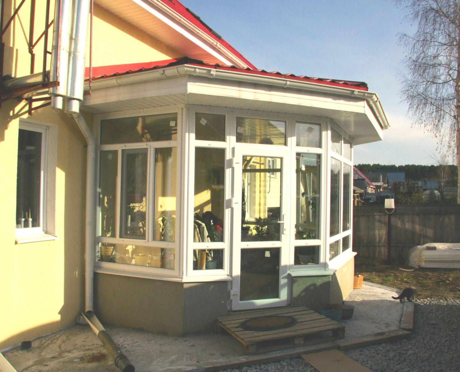 Дизайн входного тамбура в частном доме 185